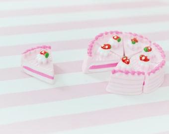 19mm Kawaii Pink Strawberry Short Cake Flatback Resin Decoden Cabochon- 5 piece set