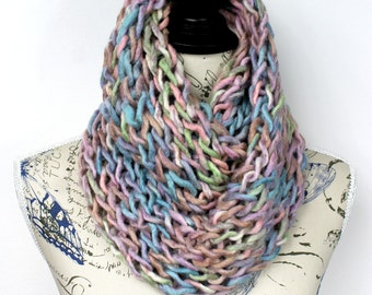 Winter Knit Scarves Girlfriend Gift Women Knit Scarf Gift for her Pastel Colors Scarf Chunky Infinity Bulky Knit Scarf Accessories