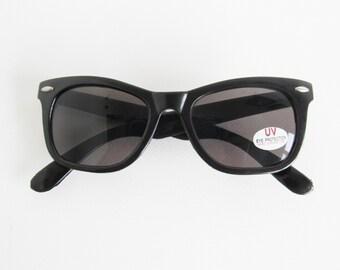 80s • Vintage • Wayfarer Sunglasses • Black Wayfarer Sunglasses • 80s Shades • 80s Sunglasses • Black Sunglasses • Sunglasses • Deadstock