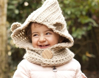 Bailey bear cowl for kids and adult, winter accessory in wool, crochet handmade hooded