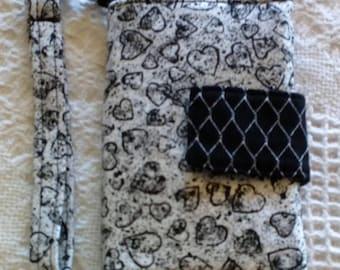 """Wristlet Wallet /Clutch/Tote/Bag/Purse/Pouch, Wristlet Wallet 5"""" x 6.5"""" Black & White Hearts"""