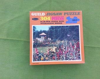 """Vintage """"Flower Garden"""" Floral Whitman Guild Jigsaw Interlocking Puzzle 304 pc"""