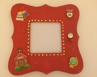 Teacher Picture Frame - Teacher Gift - Back to school Gift - Handmade Picture Frame - Classroom Decor - Teacher Thank You Gift