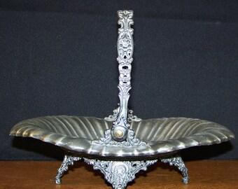 Vintage Homan Silver Plate Co Footed Basket