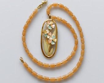 Romantic Aventurine Necklace with Antique Art Deco Flower Pendant, Gemstone Jewelry, Unique Jewelry, Mother's Day Birthday Anniversary Gift