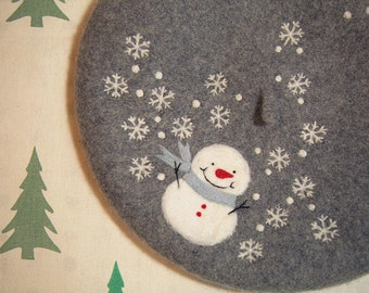 FairyTown handmade felted beret with snowman