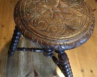 French Ancien Milking Stool
