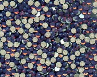 2028 SS8 OC*** 50 Swarovski flat backs SS8 (2,45mm) cyclamen opal