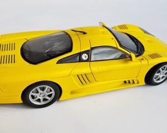 Motormax 1/18 Scale - 73100 Saleen S7 Yellow Diecast Metal Car