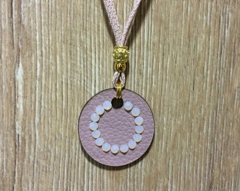 Necklace pendant with Rose