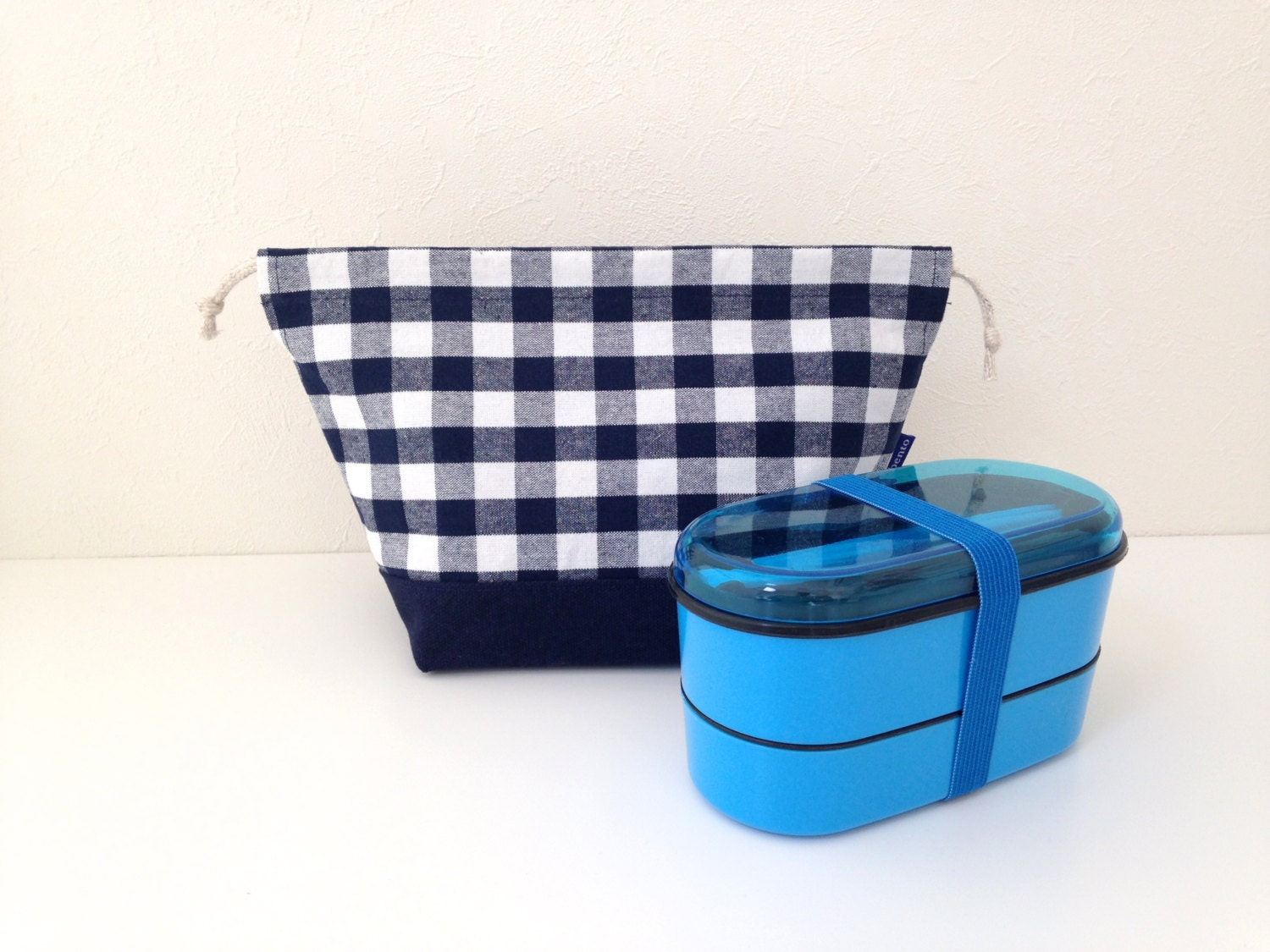bento bag navy gingham lunch bag snack bag bento box gift. Black Bedroom Furniture Sets. Home Design Ideas