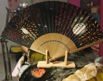 Fan origina from studio ghibli,black colour of totoro
