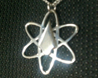 Atom/Arrow Pendant-CW Arrow-CW The Atom Sterling Silver 0.925