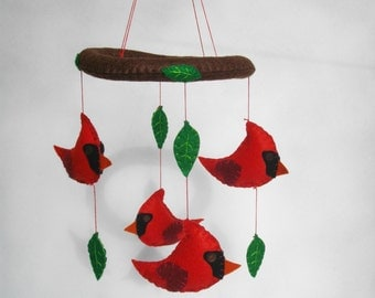 Felt mobile with Cardinals and Leaves. Baby mobile with felt Cardinals.