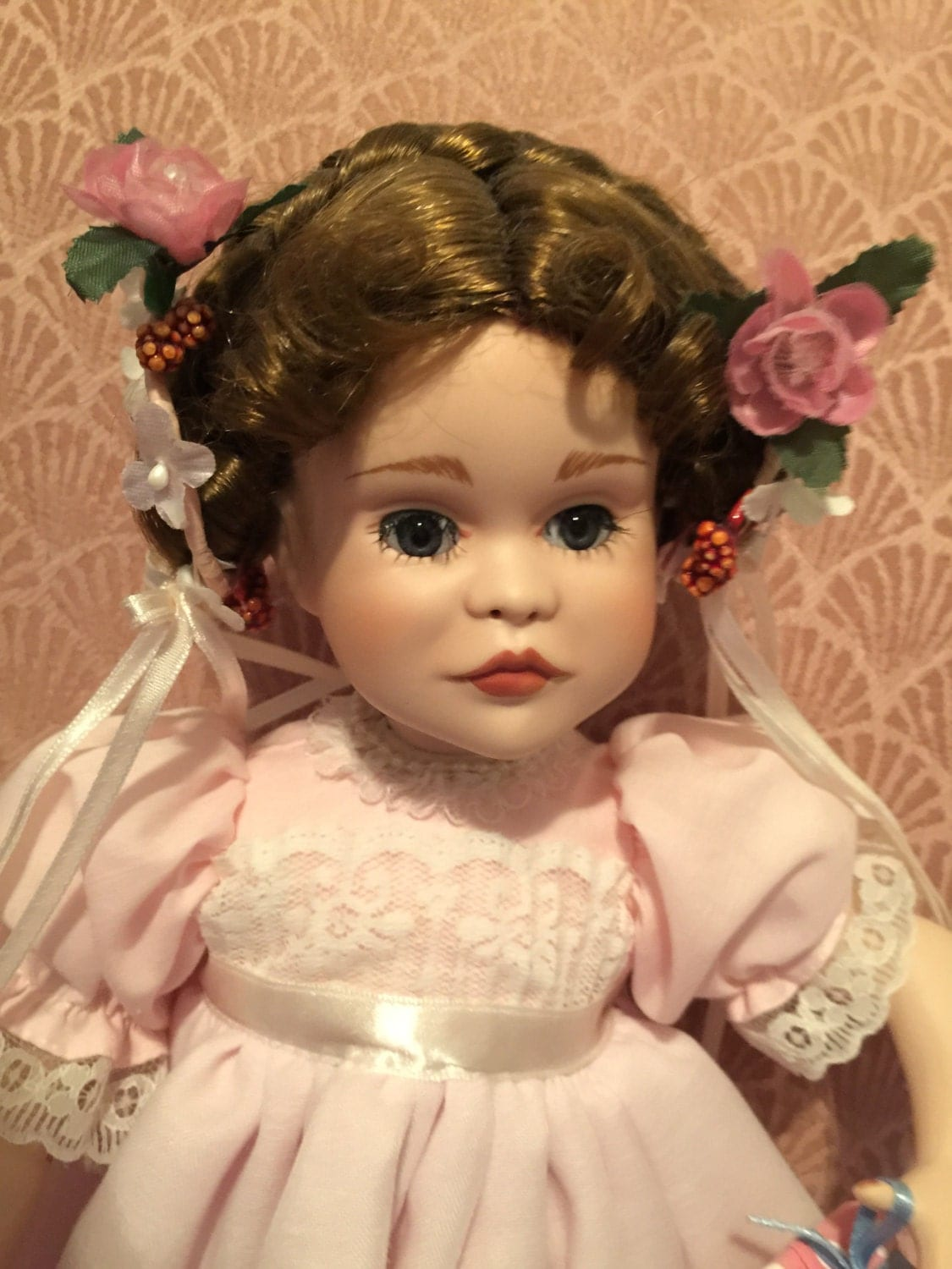 Porcelain Collectible Doll A Party For Sarah By Paradise