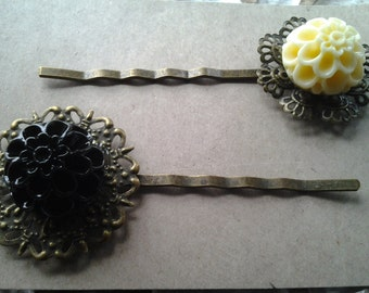 Vintage Style Black and Cream flower Hair Pins.