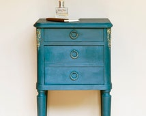 Annie-Sloan-Aubusson-Blue-4-OZ Sample. Buy any Four Annie Sloan Products and Get One Free -