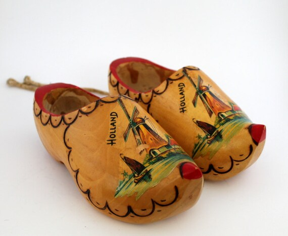 Holland Shoe Hand Painted