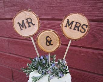 Wedding cake topper, Mr & Mrs cake topper, rustic cake topper, log cake topper, wood cake topper, rustic wedding decor, cupcake topper