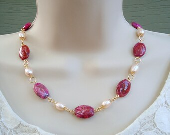Pink Agate Stone.Beaded Necklace.Freshwater Pearl.Metal plated in 24K Gold.Statement.Choker Necklace.Natural Stone.Luxury.OOAK. Handmade.