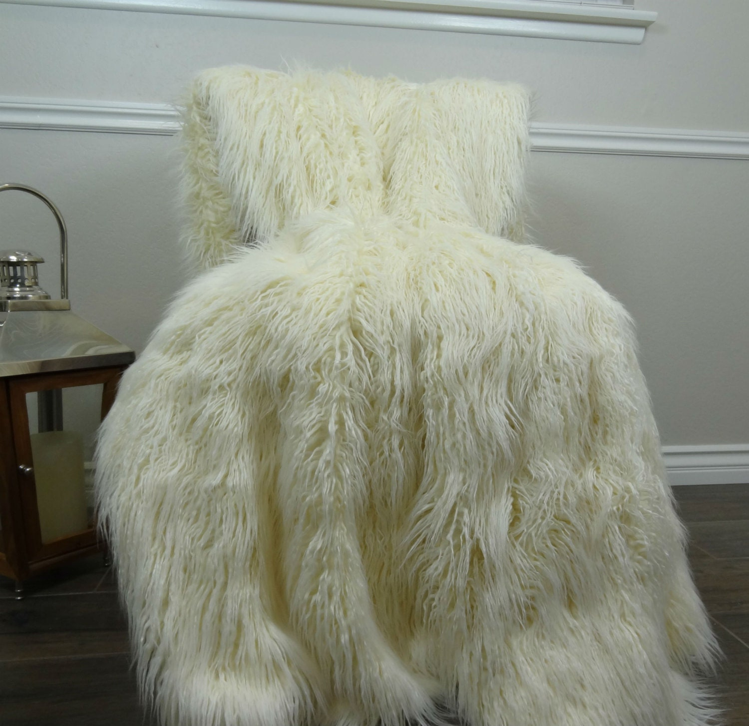 sale ivory faux fur throw blanket by pillowsandaccents on etsy. Black Bedroom Furniture Sets. Home Design Ideas