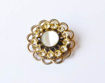 1950s Dainty Mother of Pearl and Rhinestone Brooch
