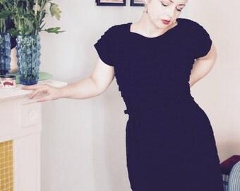 60s Madmen Black Dress - VINTAGE Heavy Crepe Tiered / Layered LBD Little Black Dress - Size 16