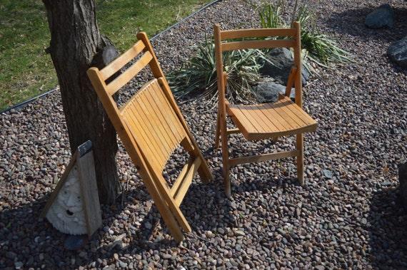 wood folding chairs vintage pair