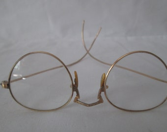 Antique Granny Glasses gold rims and bows single vision Display Glasses Eyeware Gold Filled  12Kt