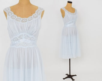 60s Blue Short Nightgown | Baby Blue Lace Trimmed Gown | Vanity Fair | Medium