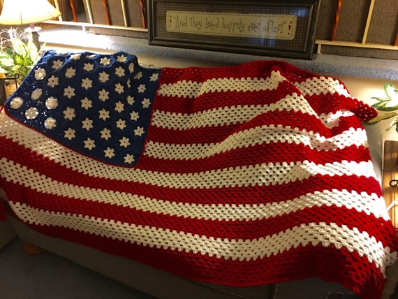 Crochet Pattern For Usa Flag : American Flag Inspired Crochet Blanket
