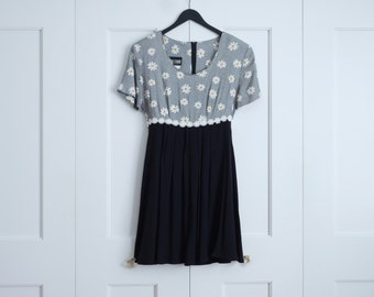 1990s daisy dress