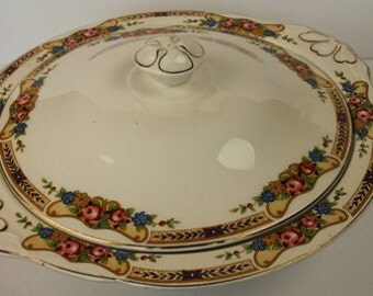 Vintage Country Style Floral Porcelain Lidded Vegetable Tureen