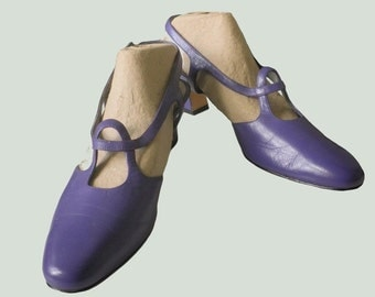 Striking Purple Leather Slingback Ladies Pump Sandals Vintage Fashion 1980 Ros Hommerson