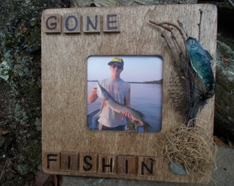 Rustic wooden fishing picture frame, fishig home decor,rustic fishing picture frame,rustic fishing home decor,wooden rustic picture frame