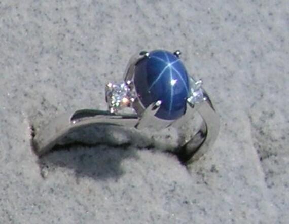 Vintage Linde Lindy 8x6mm Cornflower Blue Star Sapphire
