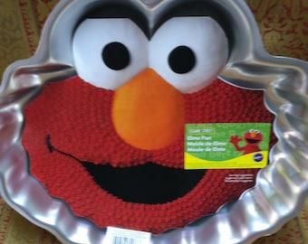 New Wilton Sesame Street Elmo Cake Pan