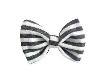 Grey stripe bow, baby bow clip, baby clippie aligator, toddler headpiece bow, baby hair accessory