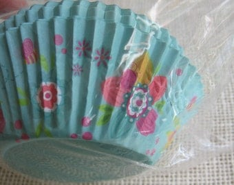Summer Floral Cupcake Liners, Blue Flower Paper Baking Cups, New Pack of 50, Party Cupcakes, Picnic Cupcakes, Baking Liners