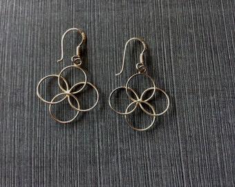 Vintage Sterling Silver Intertwined Circles Pierced Dangling Earrings