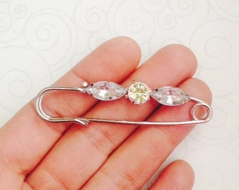 CLOSING SALE 10 pcs Antique Silver Tone Safety Pin, Safety Pin Brooch with Rhinestone, BF 048