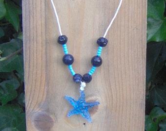 "Chain: ""Starfish in blue"""
