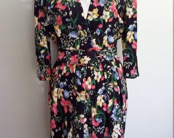 Floral 80's dress, S, M, blue floral dress, spring dress, summer dress, belted dress, navy blue dress, wiggle dress