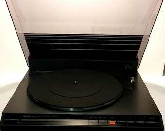 Onkyo PL-25F Linear Tracking Turntable  - Deep Discount