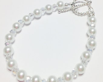 White Pearl & Crystal Bracelet Wedding Jewelry Sterling Silver Bridesmaid Gift Crystal Wedding Bracelet Beaded Jewelry Pearl Bracelet