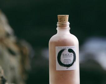 SAGGA Manuka Rose Cleansing Grains / With Australian Buddha Wood