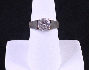 Vintage Sterling Silver CZ Solitaire Ring by Paststore