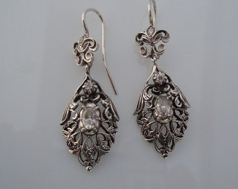 Classic pendants Silver earrings with cubic zirconia