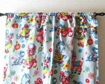Curtains VINTAGE Kids bedroom decor playroom decor vintage kitsch kitty duck bunny teddy bear blue vintage home decorations 1960s
