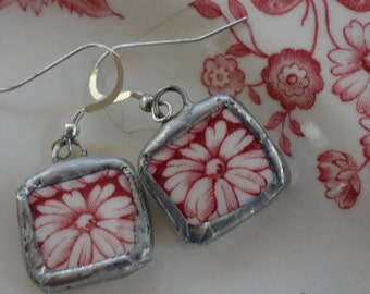 Broken china jewelry- broken china earrings- red daisy flower earrings-red and white vintage china earrings- red flower dangle earrings